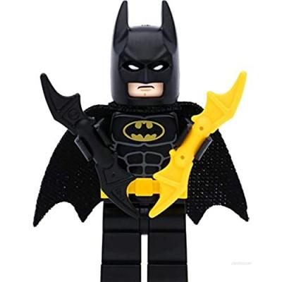 LEGO Super Heroes Batman (Type 1) Mini Figure with 2 x Bat-a-Rang (Black and Yellow)
